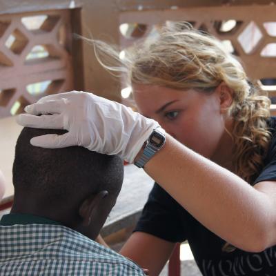 Rachel vertelt over haar stage in het buitenland als verpleegkundige in Ghana met Projects Abroad